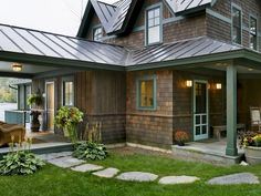 Houzz rustic lake house design