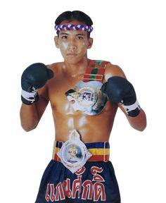 Kaensak Sor Ploenchit. Muay Thai - article