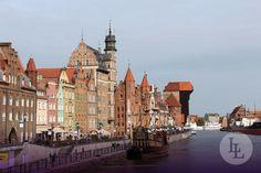 Der malerische Hafen in Danzig im Norden von Polen ist der wichtigste Seehafen des Landes. Der Hafen ist an der südlichen Ostseeküste gelegen und ist setzt sich aus dem Inneren Hafen und den Nordhafen zusammen. Erleben Sie mit Länder und Leute Polen!