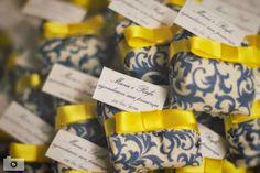 Azul e amarelo Wedding Ideias, My Sewing Room, Wedding Show, Yellow Wedding, Love Is Sweet, Party Themes, Bridal Shower, Wedding Decorations, Wedding Inspiration