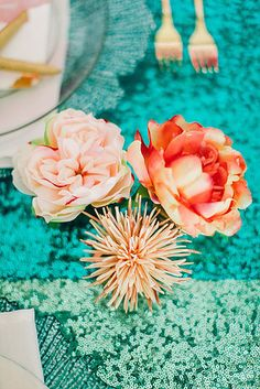 "Full-scale(d) tablescapes: | This ""Little Mermaid""-Themed Fantasy Wedding Is A Disney Lover's Dream Love the colour palette!"