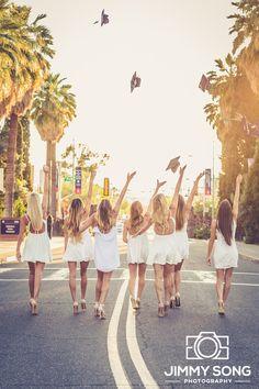 Instagram: @jimmysongphotography University of Arizona Group Senior Picture. Poses with Beautiful Girls. Smile. Love. Tucson Arizona Sorority
