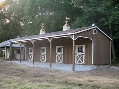 Lean-to Barn. Simple, nice, economical.
