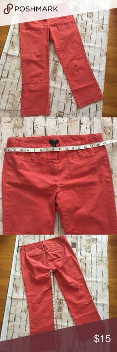 J. Crew city fit Sz 4 stretch coral crop pants Excellent condition!!! Like new! J. Crew Pants Ankle & Cropped