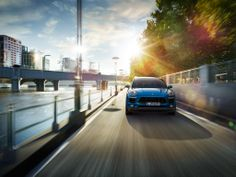 #PorscheMacan: The Macan has defining facial features in the form of the dynamic front end with characteristic headlights recessed in the bonnet. Learn more: http://link.porsche.com/macan?pc=95BAXP1PINGA