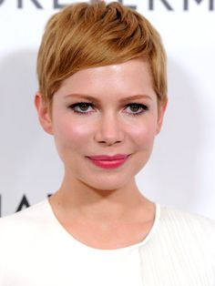 Michelle Williams at the 2012 Forevermark and InStyle Golden Globes event #ShortHair #MichelleWilliams