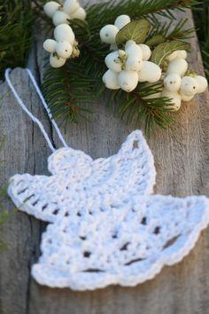 Crochet Angel Pattern, Knitting Patterns, Crochet Patterns, Crochet Christmas Ornaments, Yarn Crafts, All Things Christmas, Xmas Gifts, Tatting, Crochet Earrings