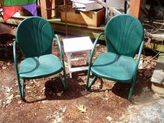 We have two of these wonderful green metal lawn chairs  Perfect for your  porch or cabin Antique Metal Lawn Chairs   Vintage Lawn Chairs   Pinterest  . Antique Motel Chairs. Home Design Ideas