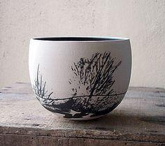 "Christina Guwang ""bol paysage noir et blanc"" (black and white landscape-bowl) #ceramic_bowl"