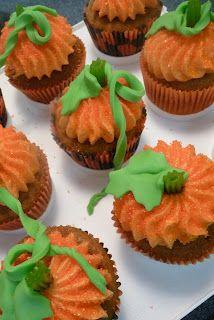Fall Cupcakes - pumpkin patch