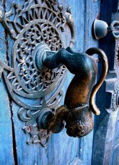 León llamador - Lion Door Knocker