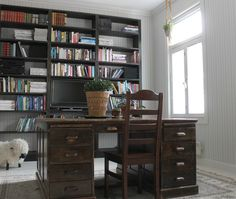 Huge Desk in the Library Room. Pic by Mrs Sinn Blog.
