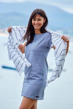 Esta temporada #primavera #verano nos estrenamos con el #lino. #Batela #fashion #stripes #moda