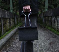 Clip Bag - TBA - The Gadget Flow