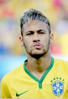 Neymar da Silva Santos Júnior, allgemein bekannt als Neymar oder Neymar Jr. Neymar Jr, Brazil Football Team, National Football Teams, Cristiano Ronaldo Portugal, Paris Saint Germain Fc, Messi Argentina, Lionel Messi, Fc Barcelona, Football Players