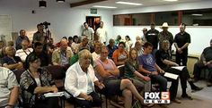 Bunkerville Residents Express Support for Cliven Bundy at Town Hall Meeting INFOWARS.COM  BECAUSE THERE'S A WAR ON FOR YOUR MIND