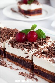 fintfatfoo - 0 results for food Sweet Desserts, No Bake Desserts, Sweet Recipes, Delicious Desserts, Dessert Recipes, Yummy Food, Hummingbird Food, Fancy Dishes, Polish Recipes