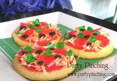 Sugar cookie pizzas