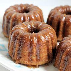 Baby Banana Bundt Cakes with Vanilla Caramel Glaze (recipe)