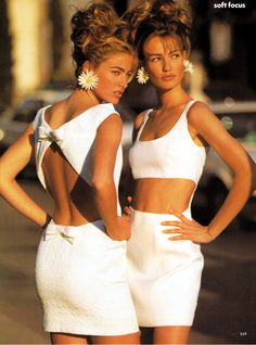 """Soft Focus"",US Vogue February 1991  Photographer : Patrick Demarchelier  Models : Karen Mulder and Elaine Irwin"
