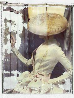 La fille en plâtre VIII, Dior - Haute Couture Summer 2007, 2009