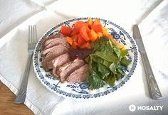 Bárány borókabogyóval sütve és zöldségekkel tálalva | NOSALTY Beef, Food, Meat, Essen, Meals, Yemek, Eten, Steak