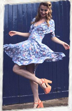 Perfect floral printed dress for all summer occasions.