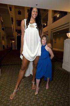 Giants among us: Tallest people in the world. Giant People, Tall People, Short People, Big People, Tall Women, Black Women, Sexy Women, Curvy Women, Human Giant
