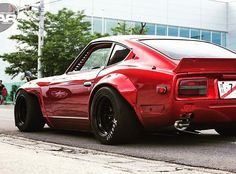 Those Hoosiers and that Pandem kit... #happyhumpday #datsun240z #240z #s30z found on @240z_fairlady page, tag the owner!