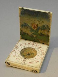 Cadran solaire en ivoire daté 1565.