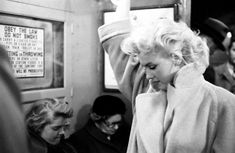 Viajando de incógnito en el metro.   31 Fotos cándidas de Marilyn Monroe en Nueva York