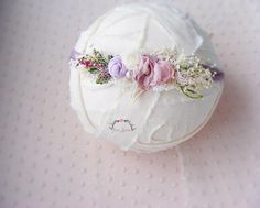 Check out this item in my Etsy shop https://www.etsy.com/listing/597961949/liliac-newborn-floral-tieback-prop