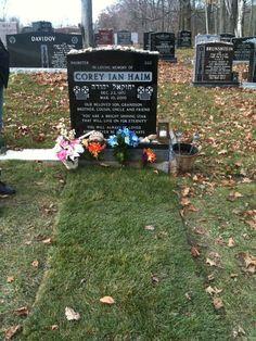 Grave Marker- Corey Ian Haim. 1970-2010