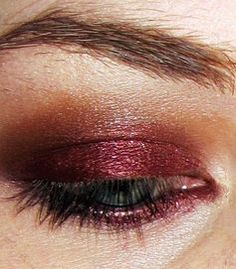 "Bordeaux eye makeup in #Marsala, the color of the year. Recreate it with Stiila Compact Eye Shadow in ""Pigalle"" ($18.00) from crcmakeup.com #Pantone"