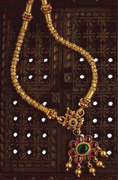 Traditional south indian temple jewellery hand-crafted in 22 ct pure Gold. Burmese Rubies and Colombian Emeralds gold pendant with thick gold chain Gold Pendant, Pendant Jewelry, Ruby Pendant, Sapphire Pendant, India Jewelry, Temple Jewellery, Gold Jewellery Design, Gold Jewelry, Antic Jewellery