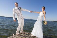 Formal Dresses, Wedding Dresses, One Shoulder Wedding Dress, Fashion, Wedding Photography, Dresses For Formal, Bride Dresses, Moda, Bridal Gowns