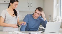 Why New Credit Reporting Rules Mean Late Bill Payments Could Ruin Your Life