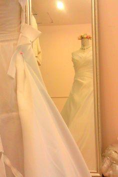 ร้านตัดชุดแต่งงานเชียงใหม่ โทรสอบถามได้ที่ 088 2519878