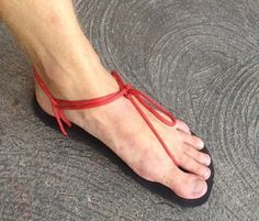 Simple DIY huarache sandal made from nylon paracord and Vibram Newflex.  Want to know how it was made? --> http://www.diyfootwear.com/huarache-sandals/