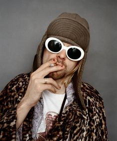 Photographer Jesse Frohman will be exhibiting his portraits of Kurt Cobain at Opening Ceremony Tokyo in March. The portraits were shot during Nirvana'.