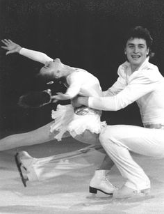 An acquisition of the Skate Guard archive. Skater Couple, Sergei Grinkov, Russian Figure Skater, Figure Skating Outfits, Ice Skaters, Beautiful Figure, Ex Husbands, Forever Young, Family Life