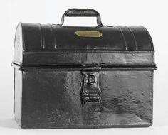 Lunchbox via Fundação Museu Nacional Ferroviário FMNF (PT) - Railway/Train National Museum