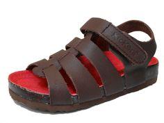 Kickers sandalia Magino marrón en piel marron con suela bio ,1 velcro