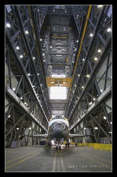 /by Dexter A. Pinto #flickr #KSC #Atlantis #space #shuttle #VAB