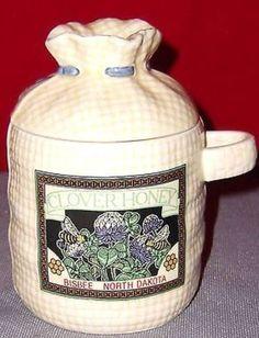 Clover Honey, Bisbee, North Dakota - Jar & Lid (Honey)