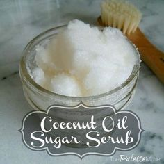 Make Your Own Coconut Oil Sugar Scrub - The Palette Muse Do you know how easy it is to make your own coconut oil sugar scrub? The entire ingredient list is in the name. Try it, your skin will thank you! Coconut Oil Sugar Scrub, Sugar Scrub For Face, Sugar Scrub Homemade, Coconut Oil For Face, Sugar Scrubs, Coconut Body Scrubs, Body Scrub Recipe, Sugar Scrub Recipe, Diy Body Scrub