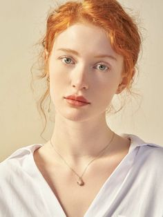 Girls With Red Hair, Red Hair Man, Female Character Inspiration, Model Face, Beautiful Redhead, Beautiful Red Hair, Natural Redhead, Most Beautiful Faces, Beautiful Eyes