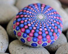 Mandala de piedra Junior por KimberlyVallee en Etsy