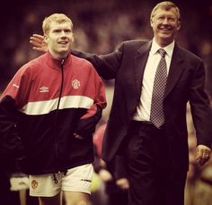 Scholesy and SAF, this pic makes me smile