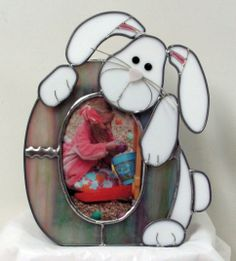 Stained Glass Easter Egg And Bunny Picture Frame by Denise Swenson Stained Glass Frames, Making Stained Glass, Custom Stained Glass, Stained Glass Projects, Easter Egg Pictures, Glass Picture Frames, Glass Animals, Glass Photo, Fused Glass